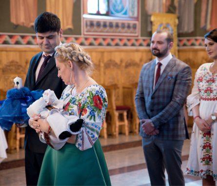 baptismportrait.ro-Fotograf-Botez-Slujba-Religioasa-9